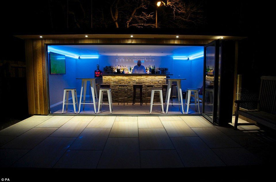 Backyard sheds design ideas that you will love 5