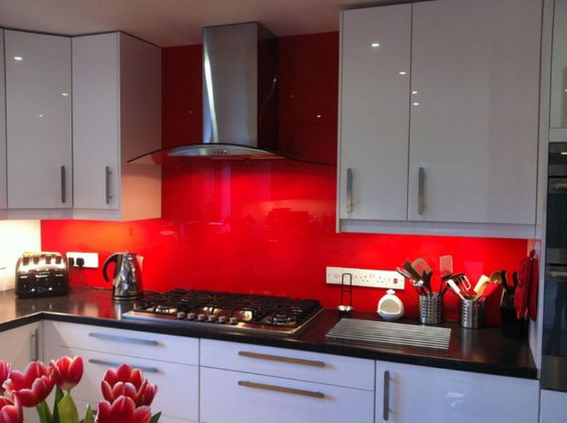 8. red kitchen