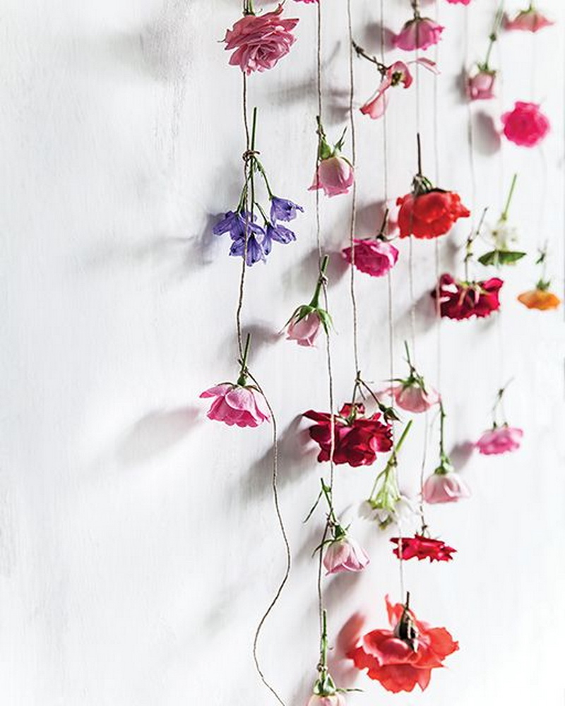 5. fresh flowers curtain