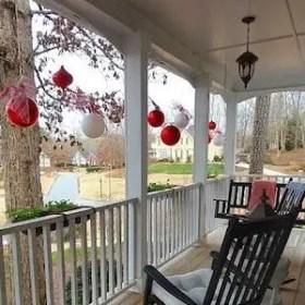 Adorable christmas porch décoration ideas 09