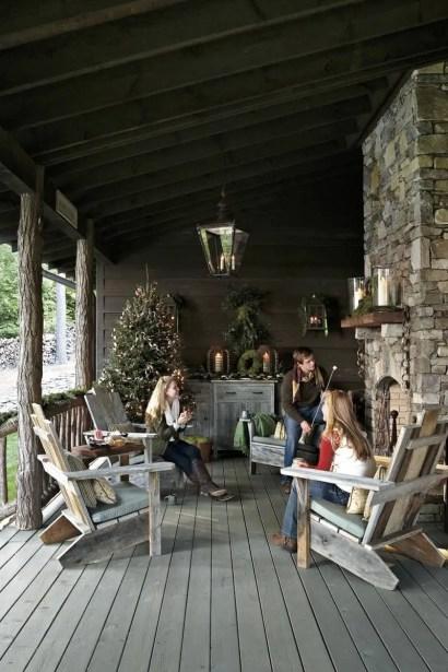 Adorable christmas porch décoration ideas 22