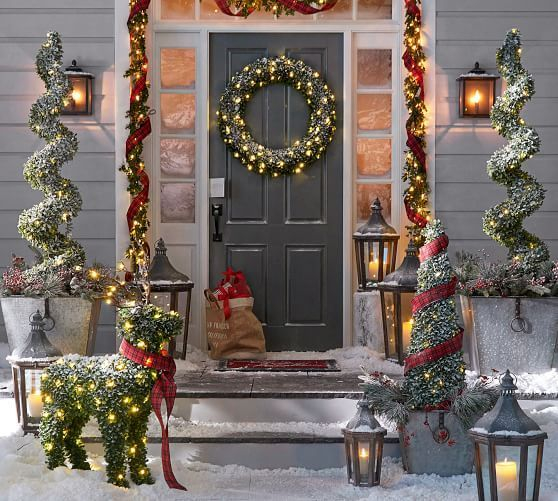 Adorable christmas porch décoration ideas 28