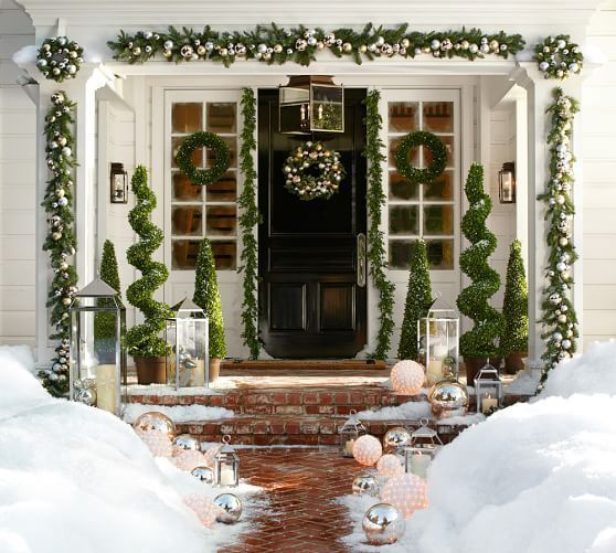 Adorable christmas porch décoration ideas 38