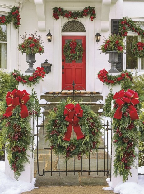 Adorable christmas porch décoration ideas 44