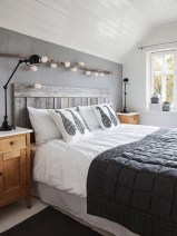 Awesome string light ideas for bedroom 20