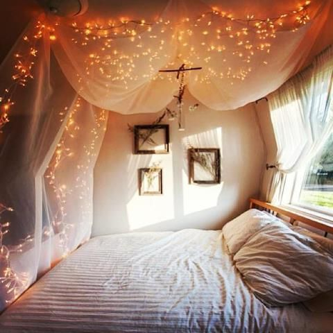 Awesome string light ideas for bedroom 37