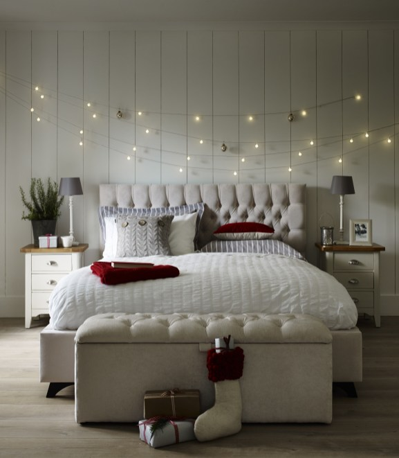 Awesome string light ideas for bedroom 42