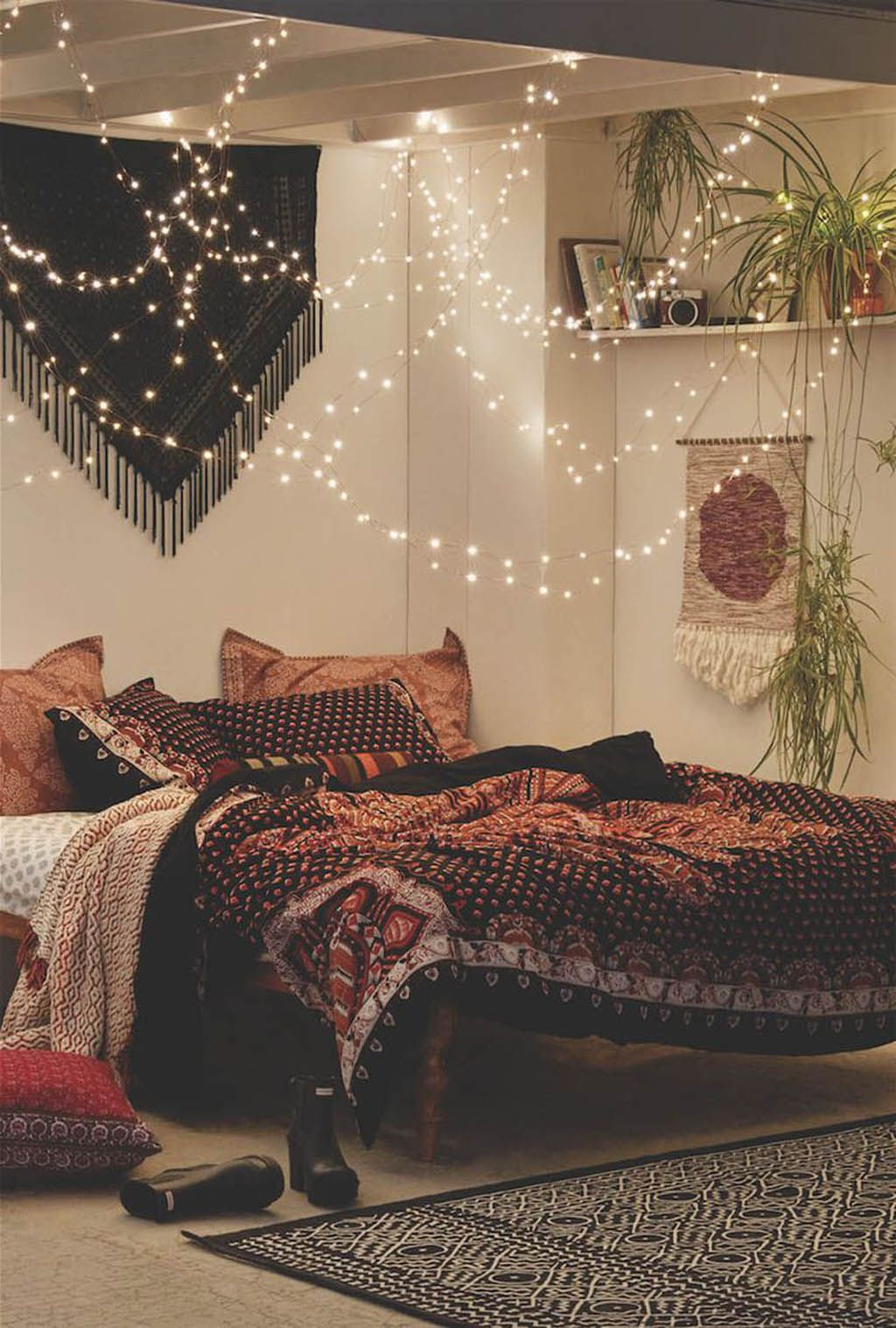 Awesome string light ideas for bedroom 53