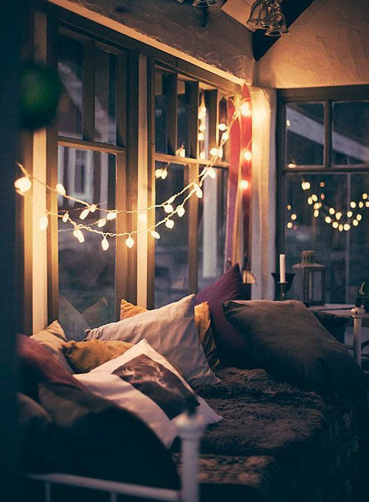 Awesome string light ideas for bedroom 57