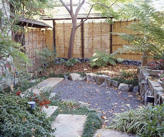 Bamboo fence ideas for small houses 37
