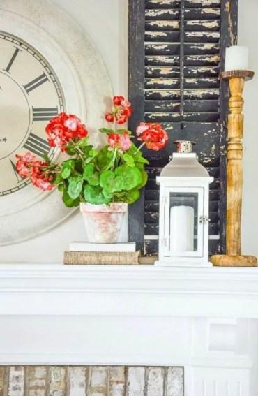 Beautiful farmhouse decor ideas for summer 38
