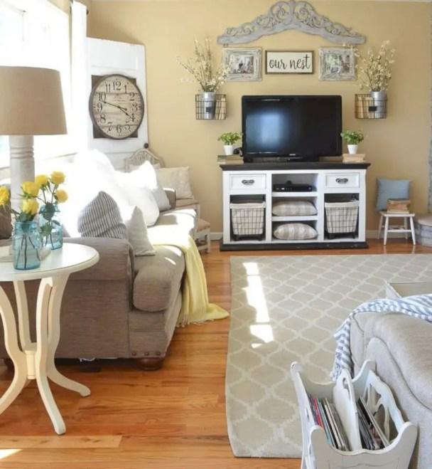 Beautiful farmhouse decor ideas for summer 39