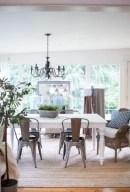 Beautiful farmhouse decor ideas for summer 40