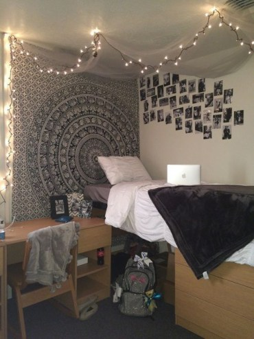 Creative dorm decoration ideas for your bedroom 12