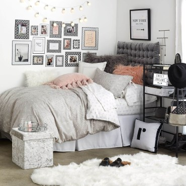 Creative dorm decoration ideas for your bedroom 24