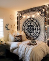 Creative dorm decoration ideas for your bedroom 28