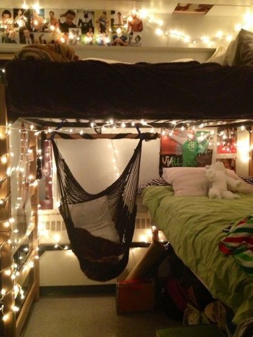 Creative dorm decoration ideas for your bedroom 47