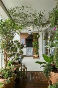 Creative small balcony design ideas for spring 10