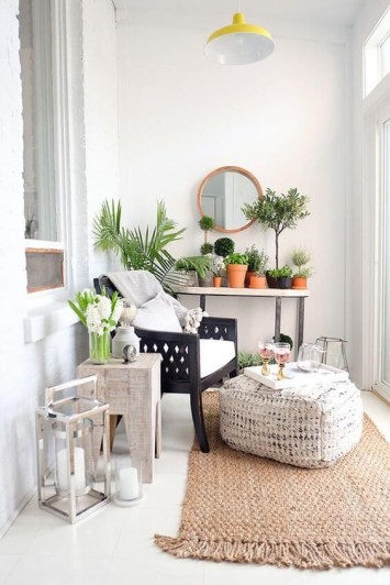 Creative small balcony design ideas for spring 46