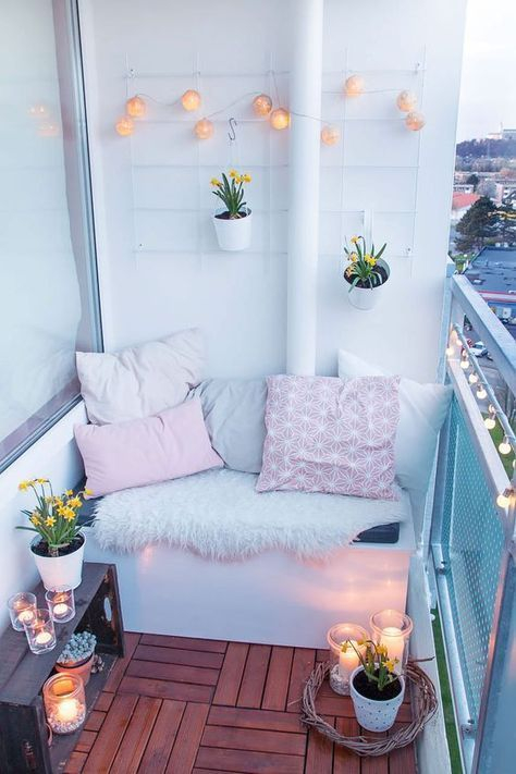 Creative small balcony design ideas for spring 60