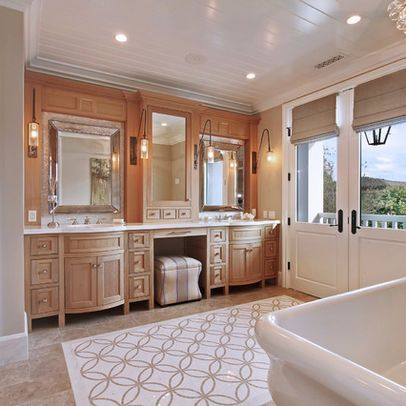 Luxury traditional bathroom design ideas for your classy room 32