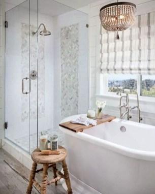 Rustic farmhouse bathroom ideas with shower 15
