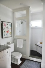 Rustic farmhouse bathroom ideas with shower 42