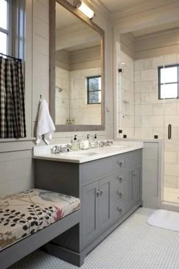 Rustic farmhouse bathroom ideas with shower 45