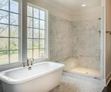 Rustic farmhouse bathroom ideas with shower 80