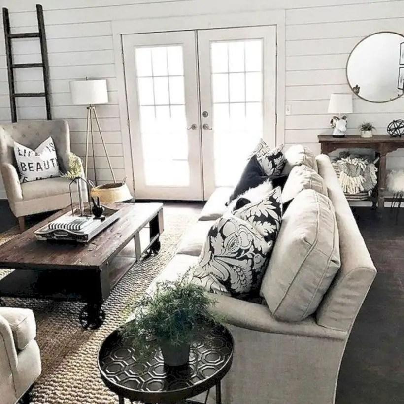 Rustic modern farmhouse living room decor ideas 27