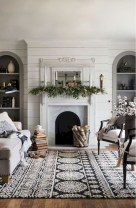 Rustic modern farmhouse living room decor ideas 38
