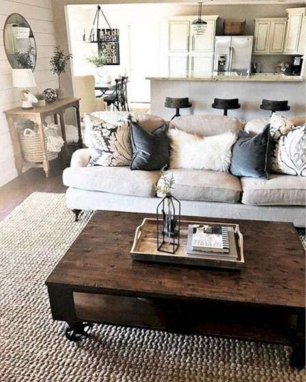 Rustic modern farmhouse living room decor ideas 44