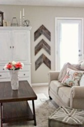 Rustic modern farmhouse living room decor ideas 57
