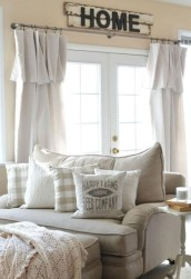 Rustic modern farmhouse living room decor ideas 59