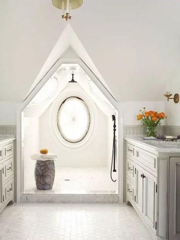 Unique attic bathroom design ideas for your private haven 03