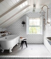 Unique attic bathroom design ideas for your private haven 35