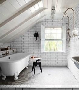 Unique attic bathroom design ideas for your private haven 35