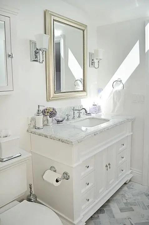 Unique attic bathroom design ideas for your private haven 46