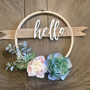 Beautiful decor ideas to hang on your door that aren't wreaths 25