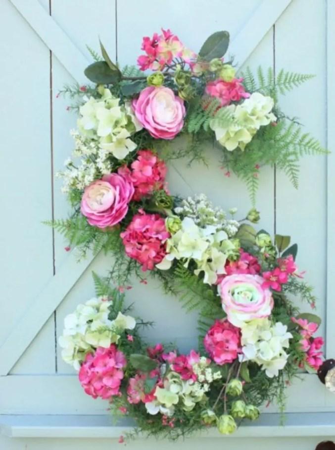 Beautiful decor ideas to hang on your door that aren't wreaths 29
