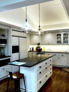 Stylist and elegant black and white kitchen ideas 06