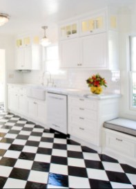 Stylist and elegant black and white kitchen ideas 13