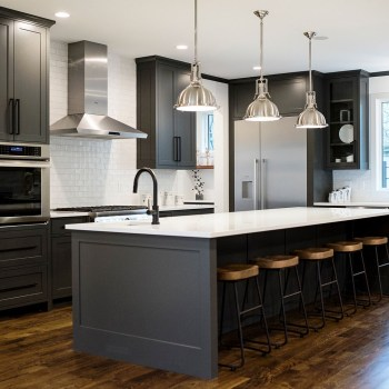 Stylist and elegant black and white kitchen ideas 33