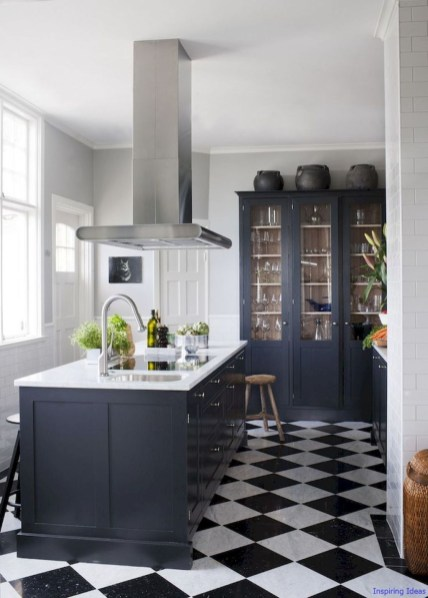 Stylist and elegant black and white kitchen ideas 37