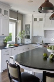 Stylist and elegant black and white kitchen ideas 39