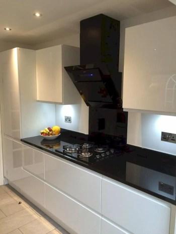 Stylist and elegant black and white kitchen ideas 45