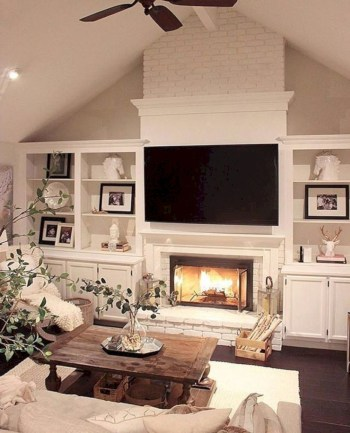 Adorable and cozy neutral living room design ideas 28