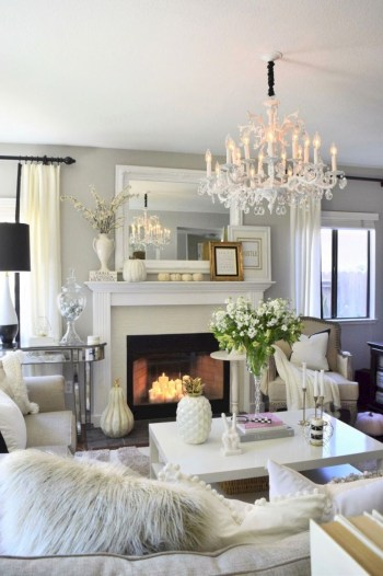 Adorable and cozy neutral living room design ideas 29