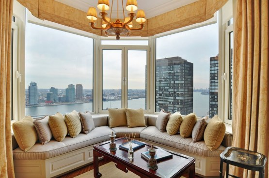 Best bay window design ideas that makes you enjoy the view easily 29