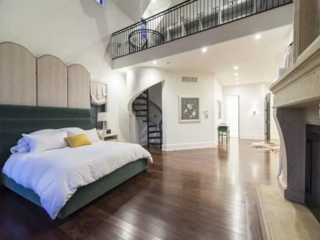 Dreamy bedroom design ideas to inspire you 27